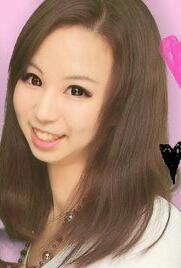ネイル講座卒業山宮瑠里子さん