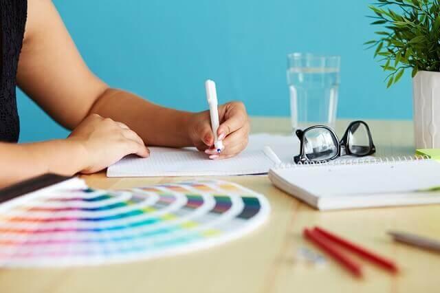カラーセラピー資格通信教育の口コミ評判