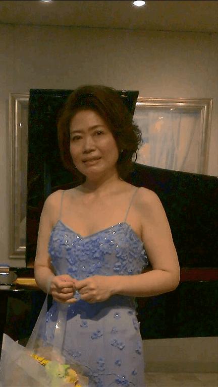 音楽療法講座卒業坂上麻紀さん