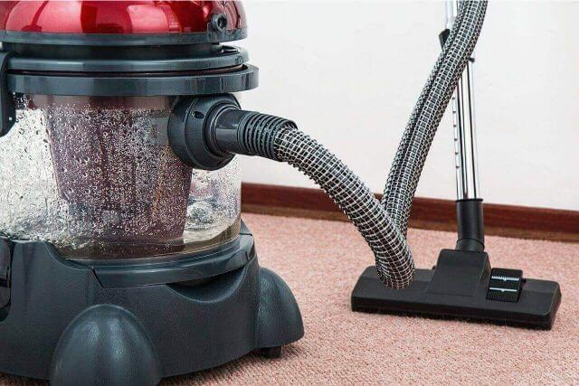 家の掃除にも!ハウスクリーニングに使う道具とは