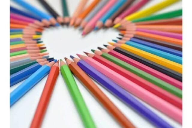 ダイエットにも 食欲が増幅する色と減退する色 カラーセラピー資格