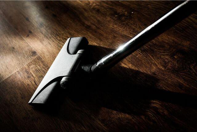 ポイントを知れば簡単!効率的にきれいにする部屋掃除のコツ