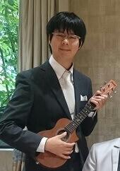 音楽療法講座卒業入戸野 太郎さん