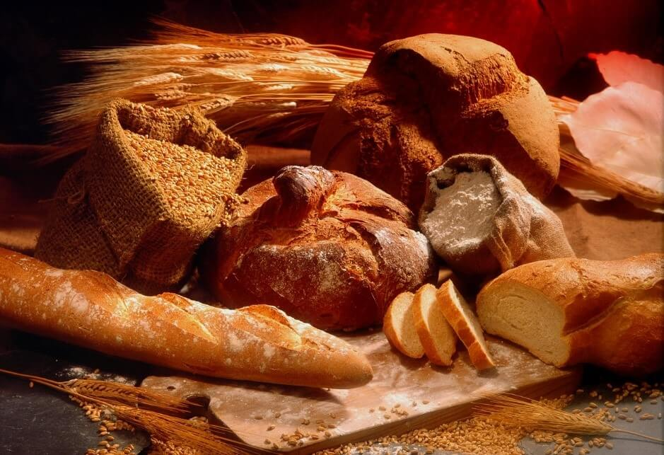 どれを選ぶ?どう違う?パン作りにおすすめの小麦粉の種類とは?