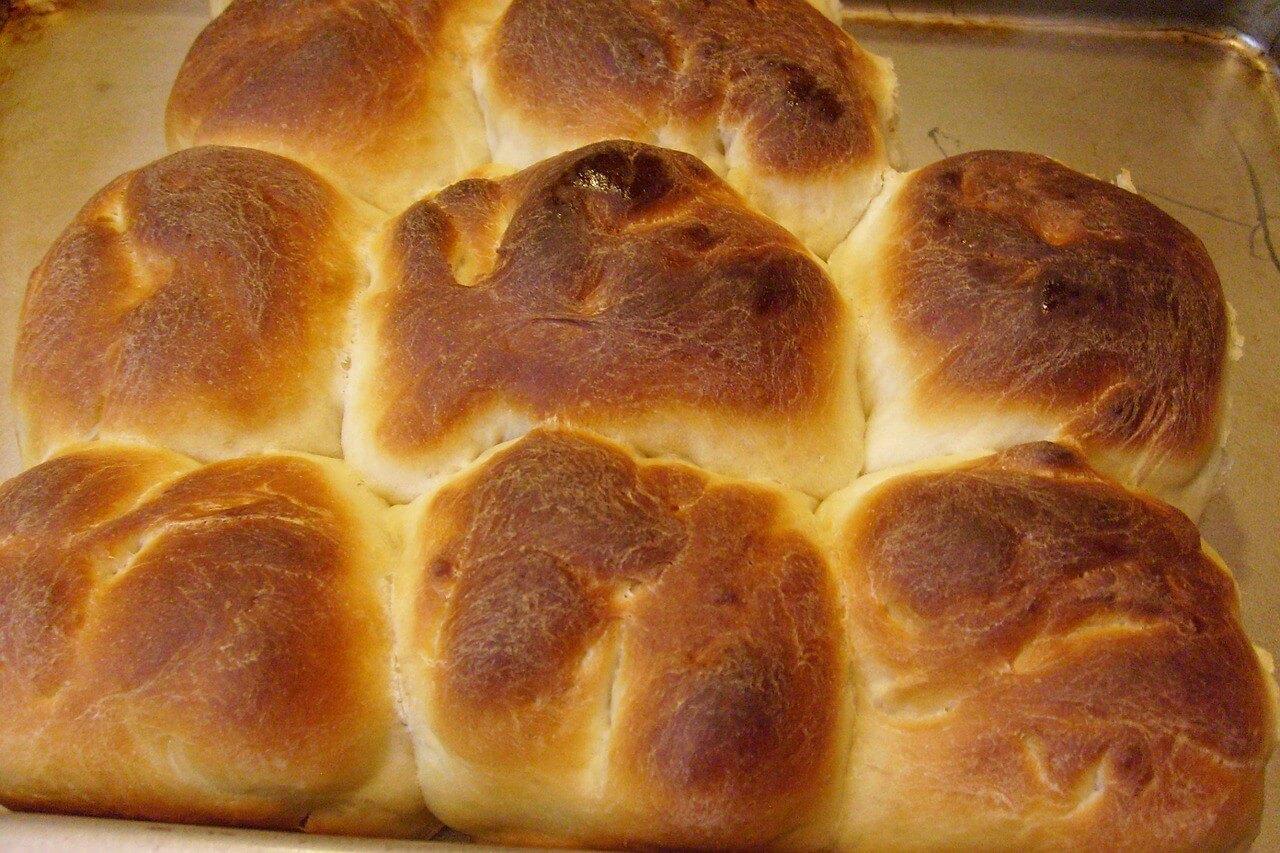 なぜぺったんこ?手づくりパンが膨らまない原因と対処法