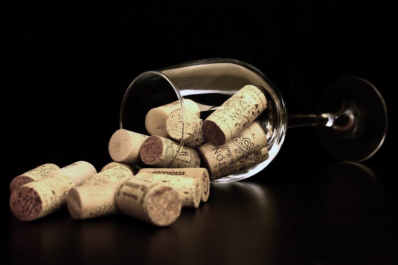ワインのブショネとは?原因と見分け方について