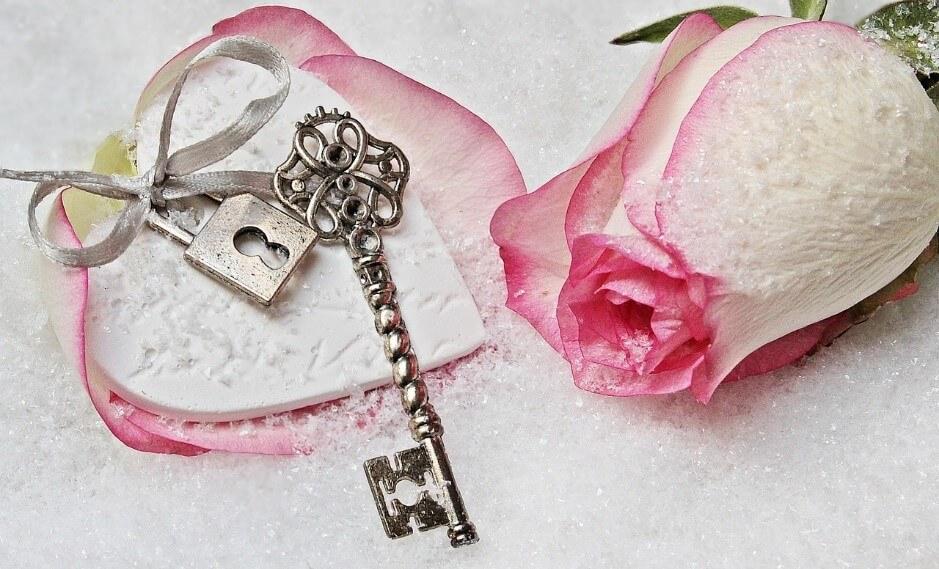 成功への鍵!ルノルマンカードの「鍵」が表す意味とは