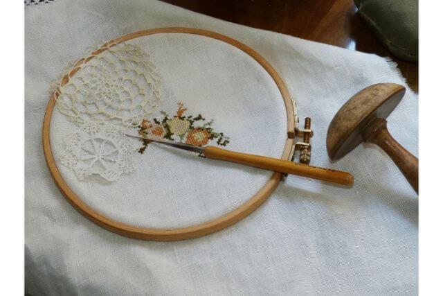 いつまでもきれいなままで!刺繍作品の仕上げ方やお手入れ方法について