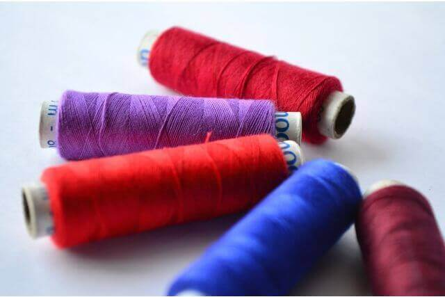 アクセサリーにも変身!余った刺繍糸の使い道