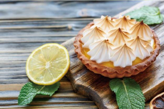 パイ・タルトの基本知識から本格的なパイ作り、タルト作りが学べます!