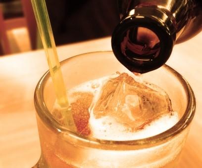 こうすればもっと美味しく!焼酎のアルコール度数と薄める割合について