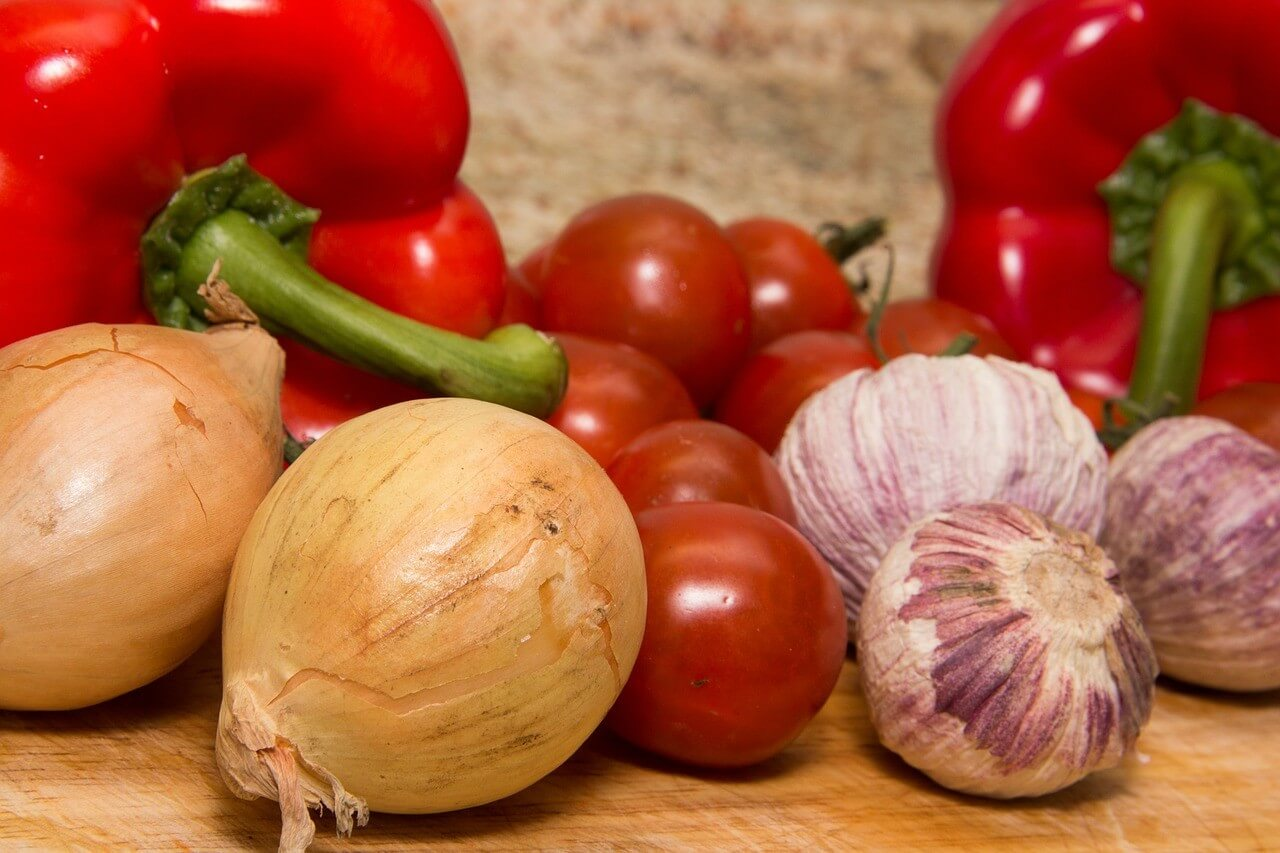 どんな食事があるの?介護食の種類や分類と、その特徴について