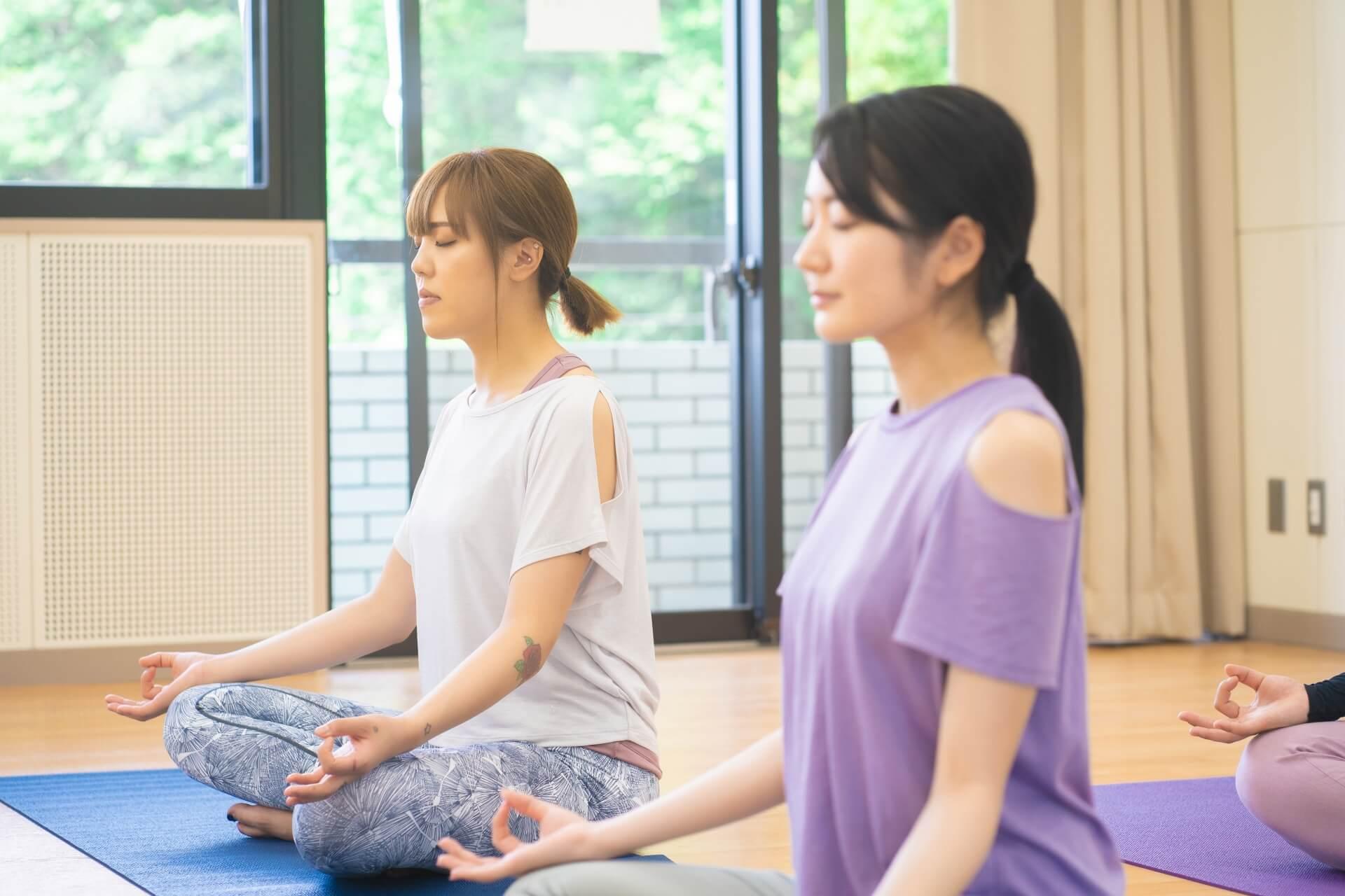 瞑想インストラクター